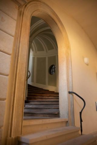 BUNG Zámek Doksy schodiště