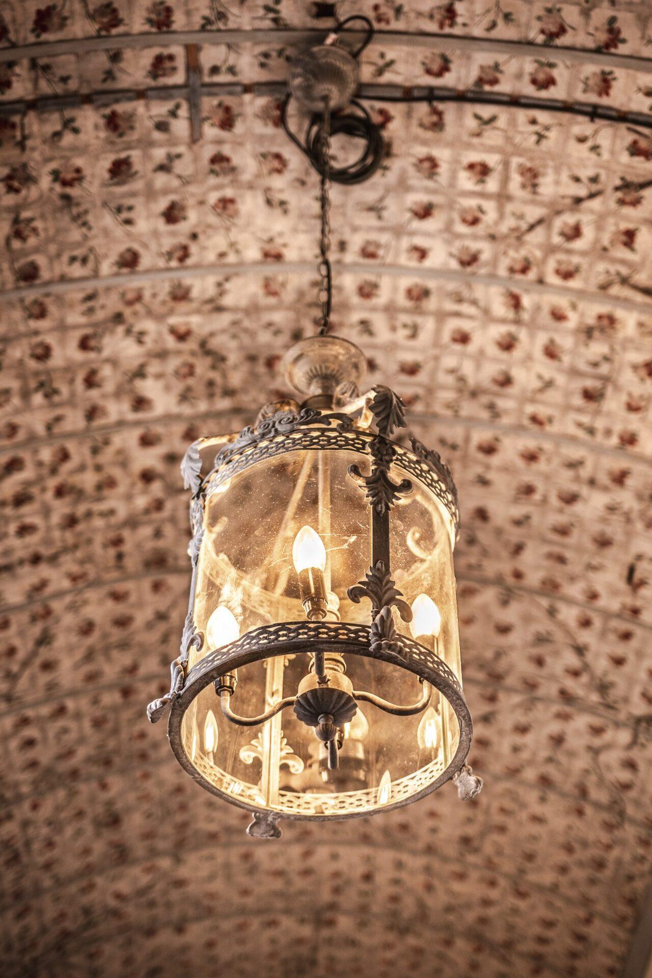 BUNG Zámek Doksy původní strop