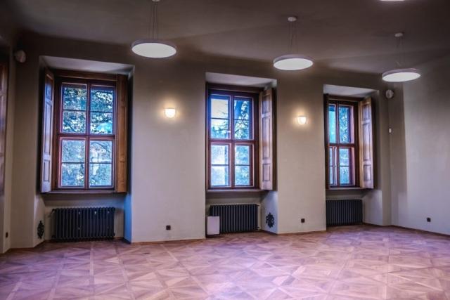 BUNG Zámek Doksy prostory knihovny